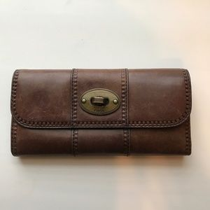 Leather Fossil Tri-fold Wallet